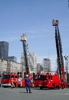 新旧京橋はしご03.jpg