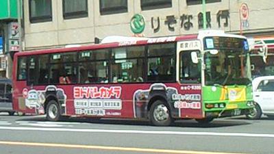 カメラ バス広告